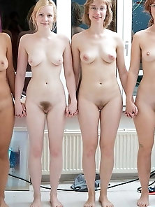Mature woman is posing undressed on pics